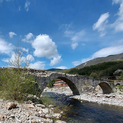 CORNIGLIO (PR) | Ponte Romano